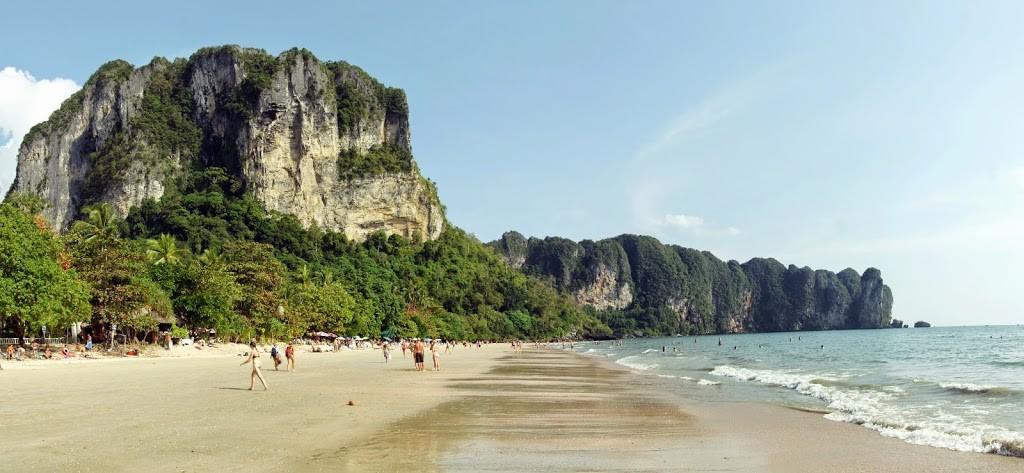 ao nang, la playa de krabi