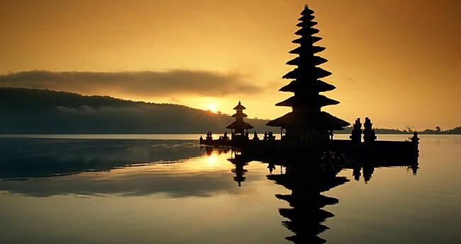 Bedugul-sunset-bali