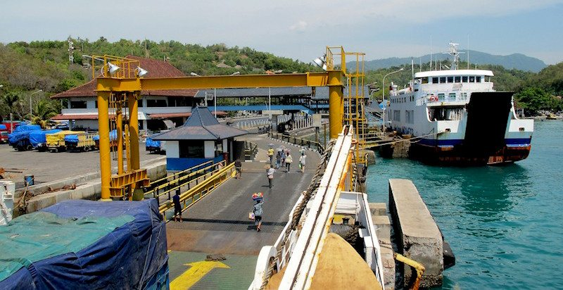 como ir de bali a lombok
