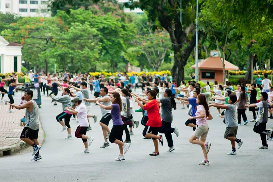 Top 5 des activités gratuites à faire à Bangkok - Cours de gym au Lumpini Park